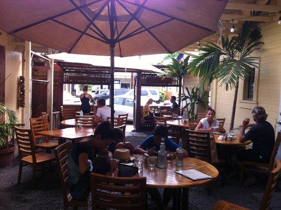 Cafe des Amis: Innenhof/ Terrasse
