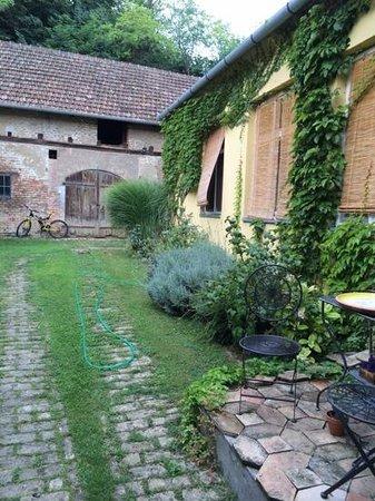 Somin Lagum: Garden
