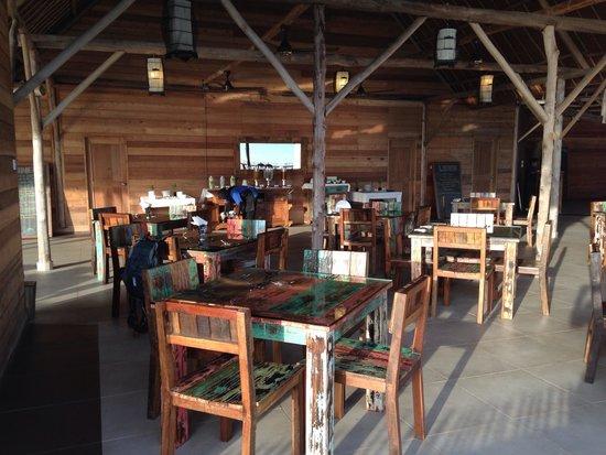 Telunas Resorts - Telunas Beach Resort: Dining Hall