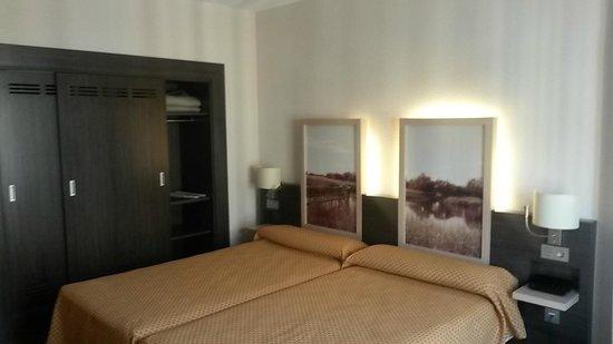 Hotel Santa Cecilia: Habitación