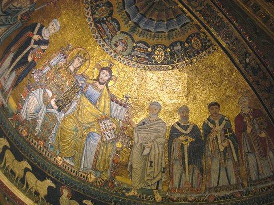 Santa Maria in Trastevere: Delightful