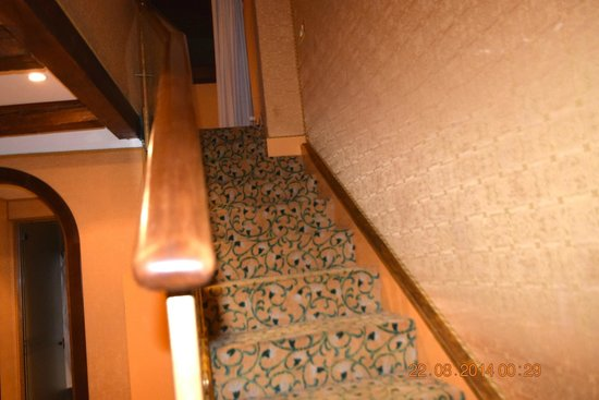 Hotel Concordia: Stairs