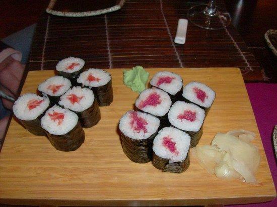 FUJI : maki al salmone e tonno
