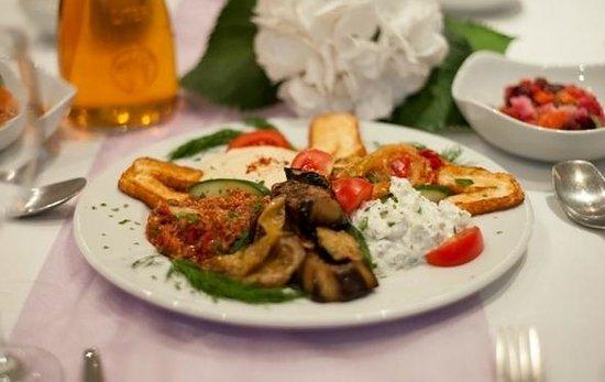 Pasha Central Asian Restaurant: Mix Meze
