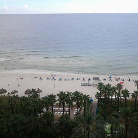 Holiday Inn Resort Panama City Beach: Balcony view from center, 8th floor