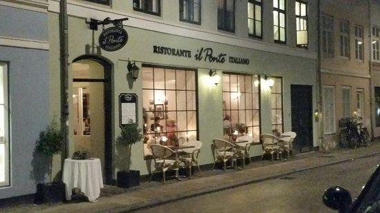 Il Ponte Restaurant