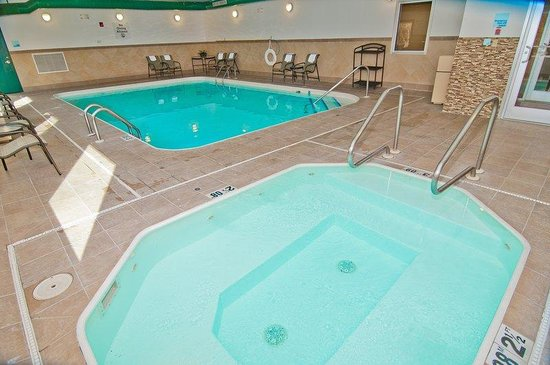 Holiday inn express charleston kanawha city bewertungen for Swimming pool preisvergleich