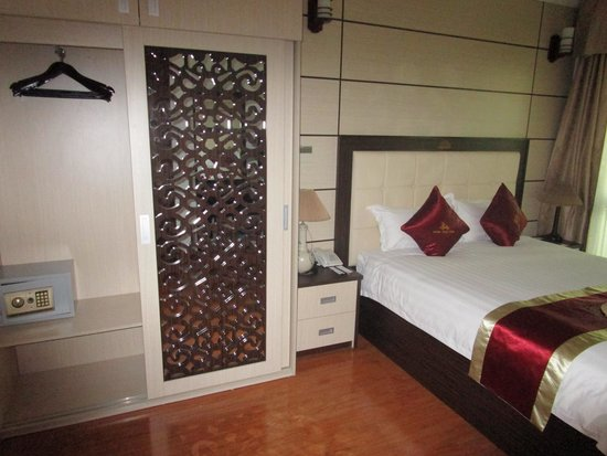 Golden Cyclo Hotel: golden hanoi