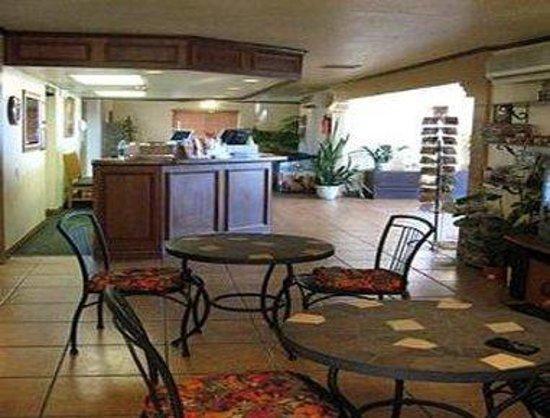 Knights Inn Kingman AZ: Lobby