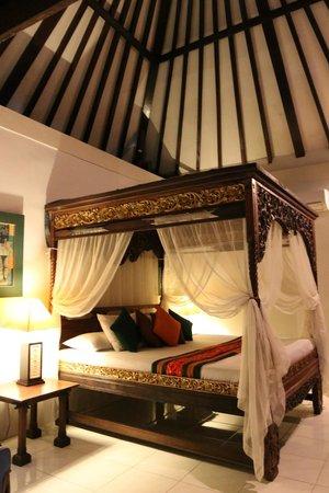 Alam Sari : Room