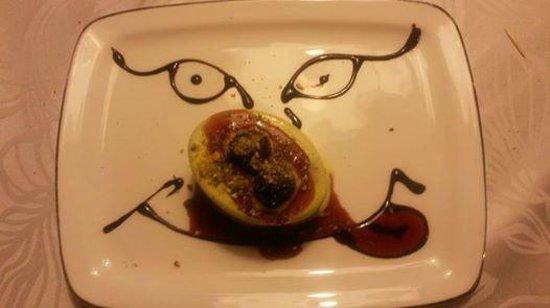 Antica Locanda del Contrabbandiere : semifreddo al pistacchio con amarene