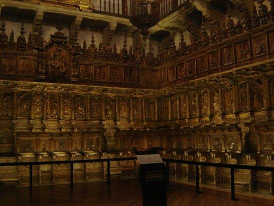 Monasterio de San Martín Pinario: Sillar del coro de San Martín Pinario