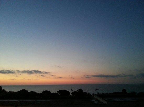 The Free Beach Club : L'alba dalla mia camera del free Beach (Paolo Agosto 2014)