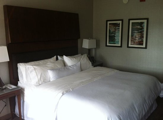 The Westin Portland Harborview: bed