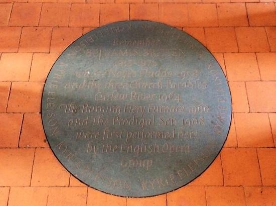 Jolly Sailor Inn & Pub: Orford Church, premiered much Britten music