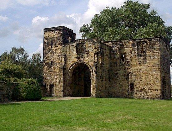 Monk Bretton Priory: Gatehouse