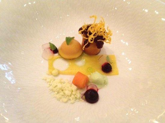 Bülow Palais: Gourmetrestaurant Caroussel