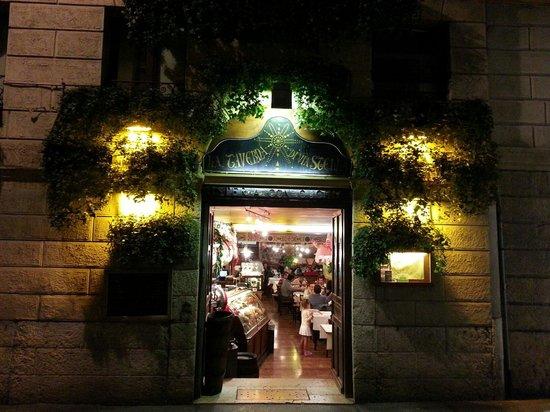 La Taverna di Via Stella: ☺☺