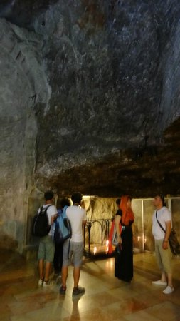 Church of the Holy Sepulchre: место обретения Креста