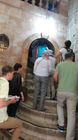 Église du Saint-Sépulcre (Jérusalem) : путь на Голгофу