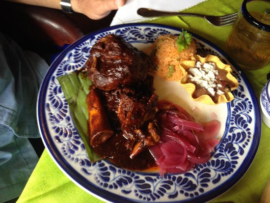 María Corona Restaurant: Ox tail