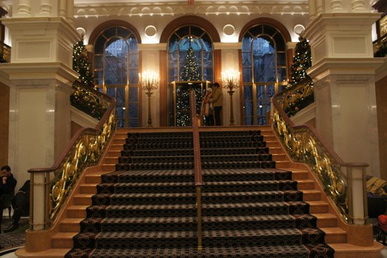 The Towers at Lotte New York Palace: Lobby Staircase December 2013