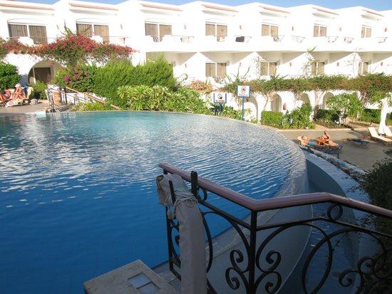Iberotel Palace: Top pool