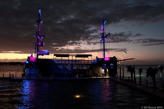 Ocean Adventures - Caribbean Pirates: view of the ship from Shark Island