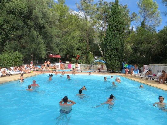 Camping le Beau Veze: pool, waterslides and play ground