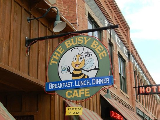 The Busy Bee Cafe: Busy Bee_02