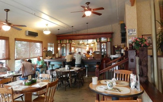 The Busy Bee Cafe: Busy Bee_04