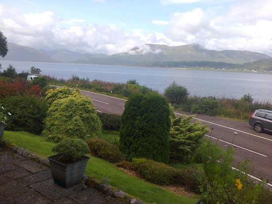 Craiglinnhe House : The view from the Breakfast Room's window.
