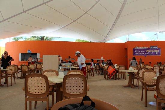 Playa Mia Grand Beach & Water Park: Restaurant