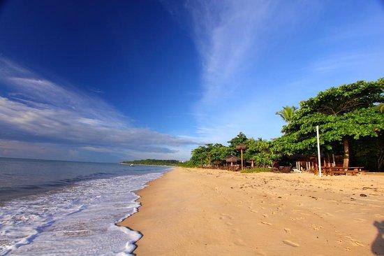 Canto d'Alvorada Hotel Pousada: Praia de Araçaipe