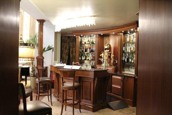Grand Hotel Savoia : Salle rez de chaussée