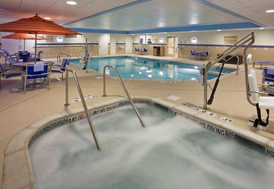 Indoor Pool Amp Hot Tub Picture Of Towneplace Suites Ann