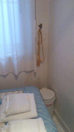 Luz Madrid Rooms: pared