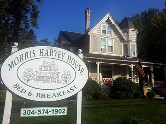 The Historic Morris Harvey House Bed and Breakfast: Morris Harvey House B&B