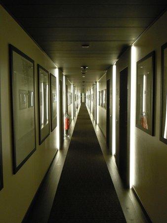 LaGare Hotel Venezia - MGallery by Sofitel : Corridor