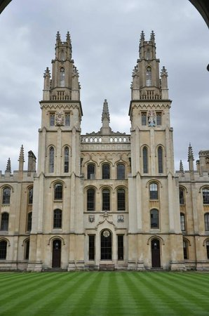 Footprints Tours Oxford: All Souls