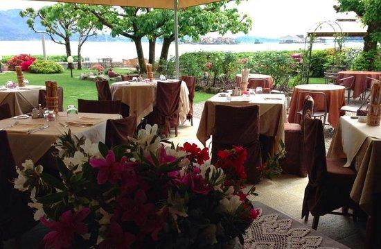 Ristorante La Ripa: The garden restaurant