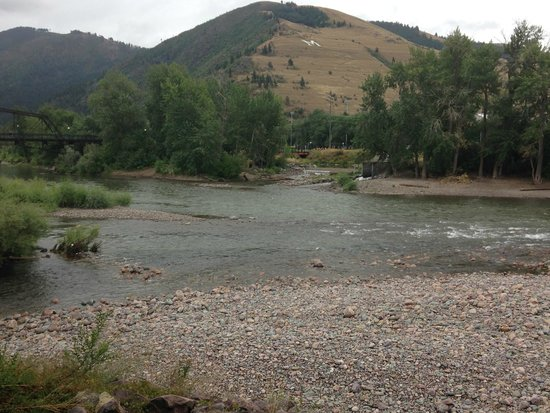 Doubletree Missoula/Edgewater: A River Runs Through It!