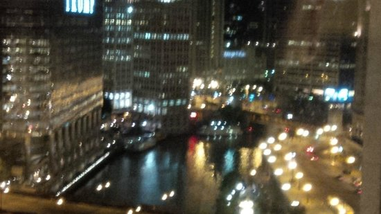 Renaissance Chicago Downtown Hotel: Couldn't get enough of the view