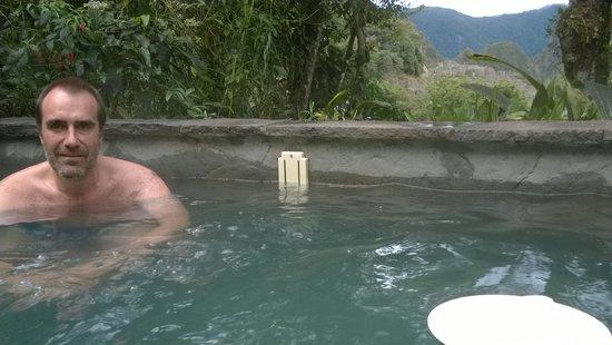 Belmond Sanctuary Lodge: Jacuzzi con Machu Picchu al fondo
