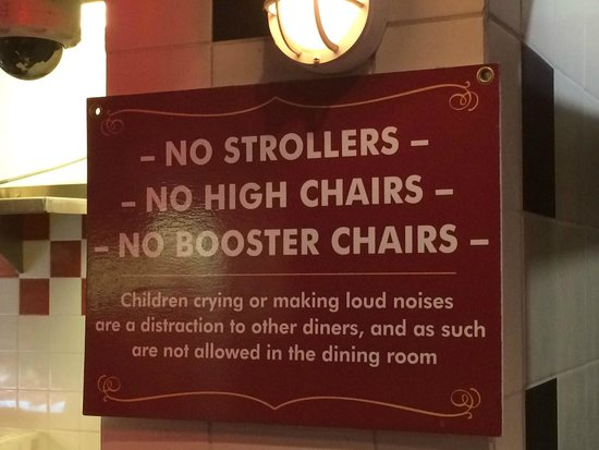 Old Fisherman's Grotto : Posted child policy