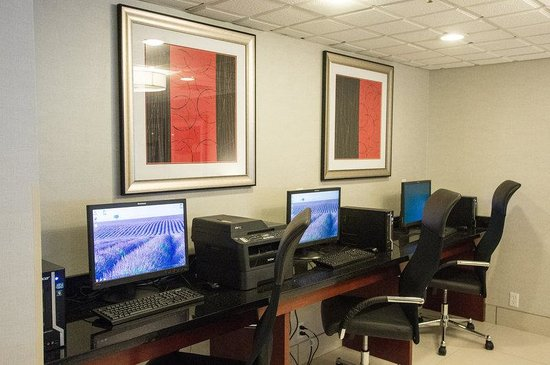 Best Western Plus Dayton South: Business Center