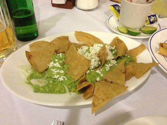 Cafe de Tacuba : Guacamole is wonderful