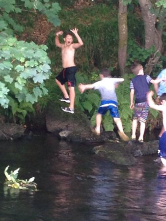 Riverside Camping: Messin about in the river