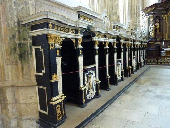 Cathedral of St. Barbara: Confessional row