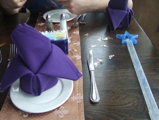 Cinderella's Royal Table: Table setting